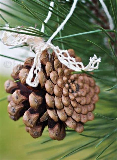 pine cones tree ornaments pine cone diy tree ornament