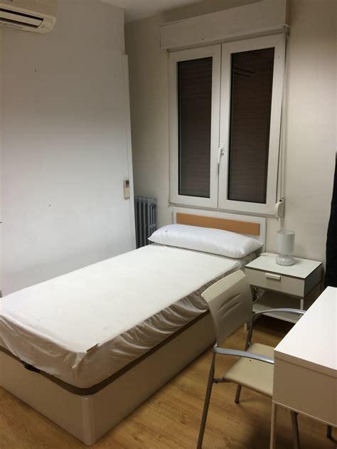 alquiler de habitacion en vitoria alquilo habitaci 211 n zona hospital santiago universidad