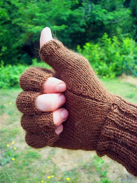 how to knit gloves with fingers for beginners free pattern knit fingerless gloves with half fingers