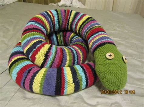 how to knit a snake stripey knitted snake