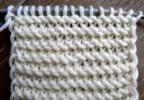 twisted knitting stitches knitting patterns twisted knit stitches tuto point mousse