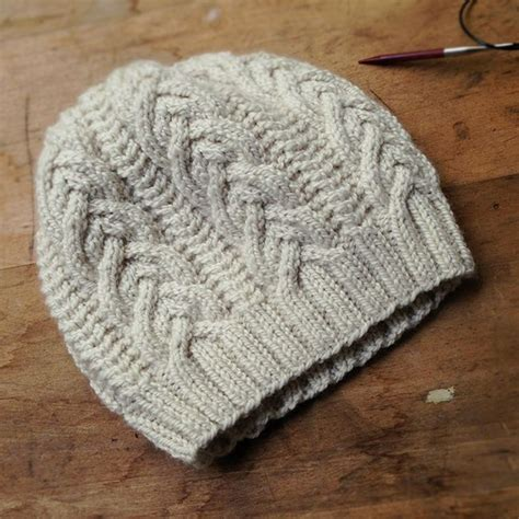 knit cable hat pattern cable hat knitting cables