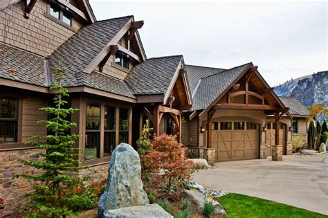 craftsman style home designs craftsman style house plan 3 beds 2 5 baths 3780 sq ft plan 132 207