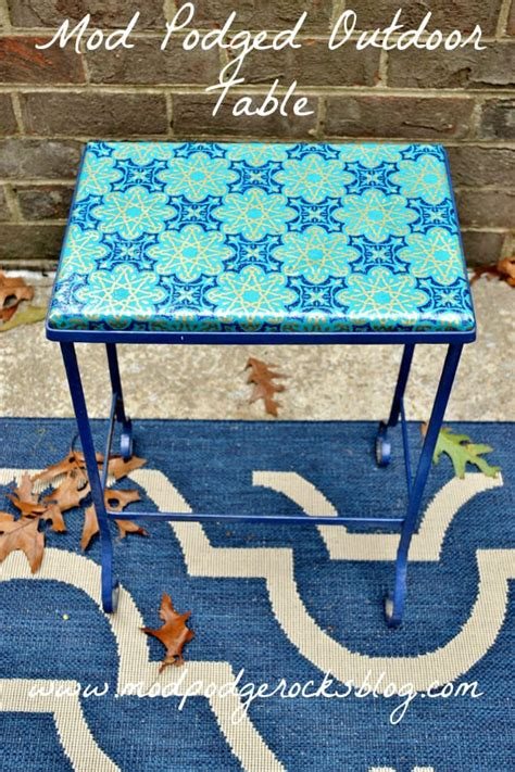 decoupage for outdoors mod podge outdoor table