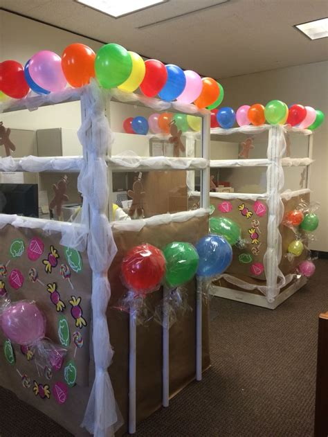 how to decorate your cubicle for the most creative ways to decorate your office cubicle for