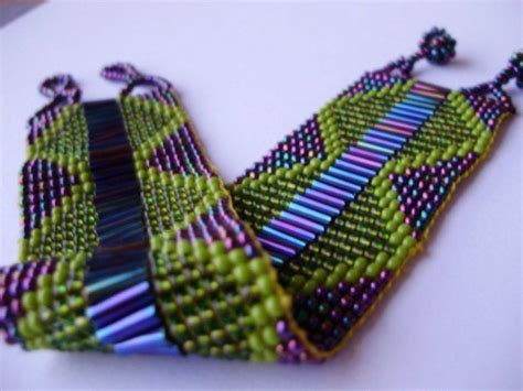 how to bead weave without a loom http greathandcraftedjewelry files image