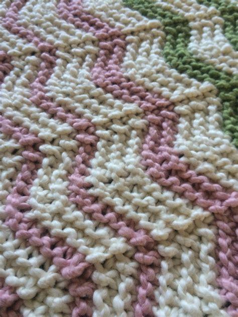 zig zag baby blanket knitting pattern zig zag stripe baby blanket knitting pattern by alyrock on