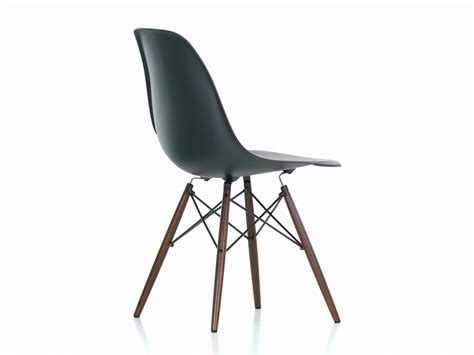 Eams Chair by Buy The Vitra Dsw Eames Plastic Side Chair Maple Base