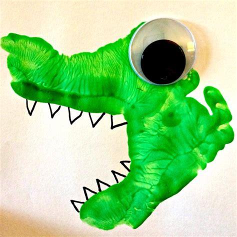 dinosaur craft for snugglesaurus dinosaur crafts for whispers
