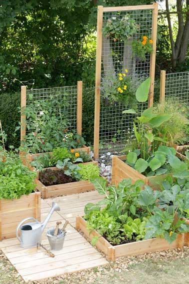 how to make a small vegetable garden faire un potager en carr 233 de jardin ou suspendu avec 3