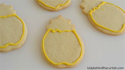 decorate cookies sugar how to decorate sugar cookies with melts