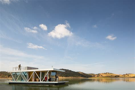 friday floatwing friday develops modular floating house for weekend getaways