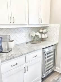 subway tiles for backsplash in kitchen best 25 subway tile backsplash ideas only on