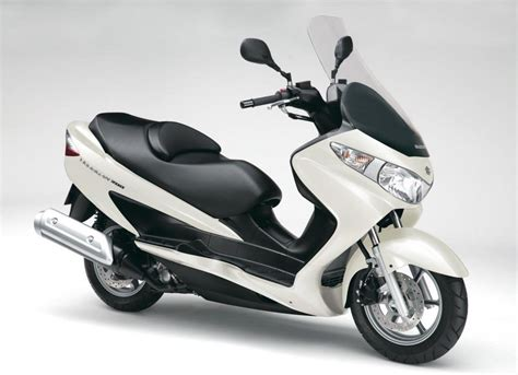 2013 Suzuki Burgman by 2013 Suzuki Burgman 200 Review Top Speed