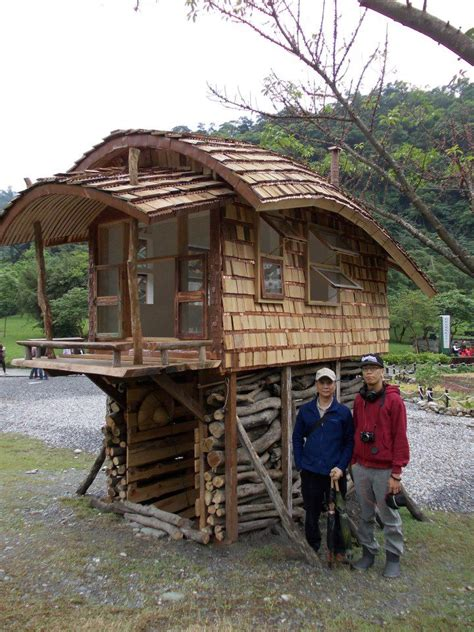tiny house on stilts tiny house on stilts with a curved roof tiny house pins