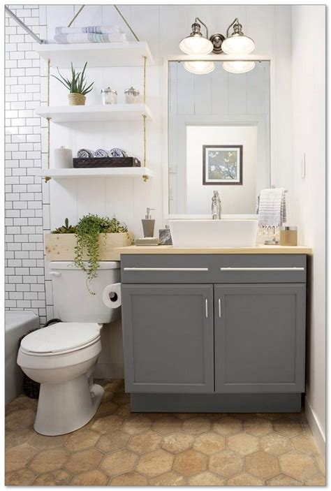 Small Bathroom Makeover Ideas by 99 Small Master Bathroom Makeover Ideas On A Budget 74