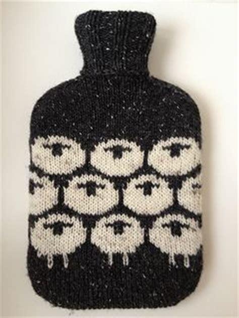 water bottle cozy knitting pattern 25 best ideas about water bottles on