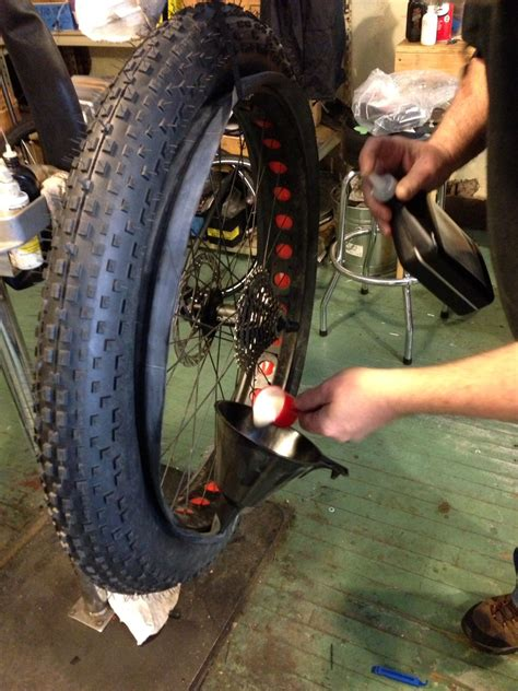 how to seal bead on tubeless tire hiawatha cyclery tire tubeless conversions