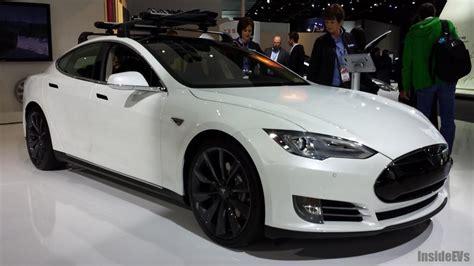 2014 Model S by 2014 Tesla Model S