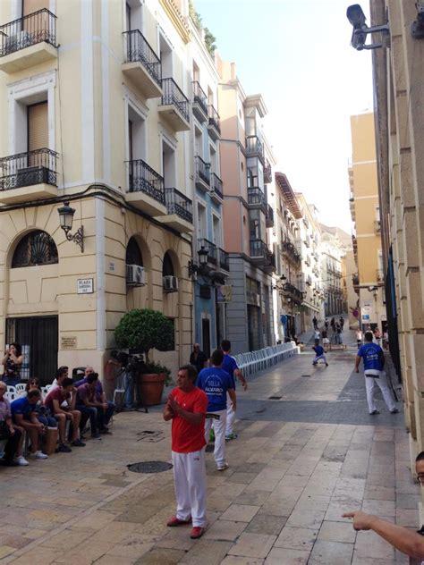 oficina de empadronamiento alicante el ayuntamiento devuelve la pilota valenciana a las calles