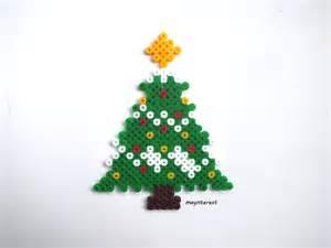 adornos arbol de navidad manualidades manualidades navidad 193 rbol o pino de navidad de hama