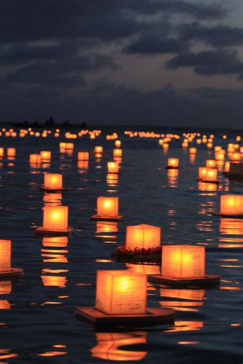 water and floating candles water lanterns can quite a stunning effect as the sun