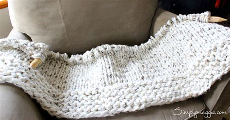 knitting blanket with circular needles lush knit blanket by simply maggie simplymaggie