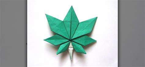 origami leaf how to origami a maple leaf 171 origami wonderhowto