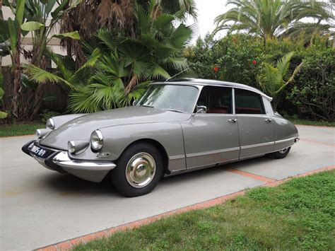 Citroen Ds21 For Sale by 1972 Citroen Ds21 Ds 21 Pallas Damaged Wrecked Rebuildable