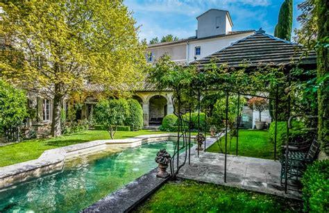 maison 224 vendre en languedoc roussillon gard avignon villeneuve l 232 s avignon magnifique h 244 tel