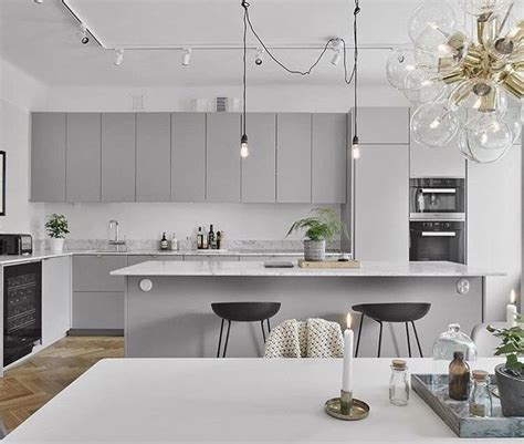 light gray kitchens best 25 light grey kitchens ideas on eider