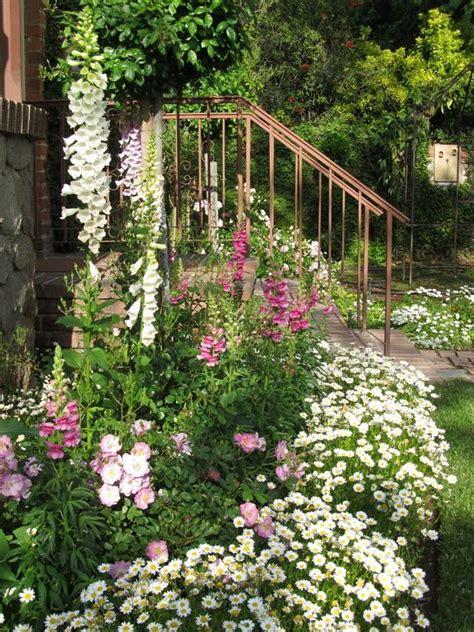 diy flower garden top 10 popular diy flower gardens ideas s crafts