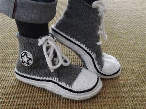 knitted sneakers pattern diy converse knitted slippers pattern http www ravelry