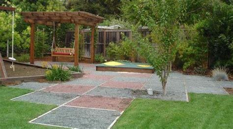 friendly backyard landscaping backyard landscaping ideas along fence 187 backyard and yard