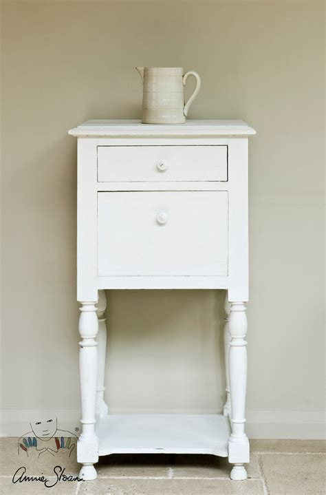 chalk paint in white white chalk paint 174 sloan