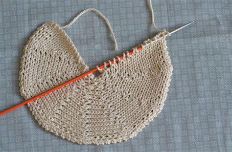 knitting in a circle knitting yarn spinning picmia