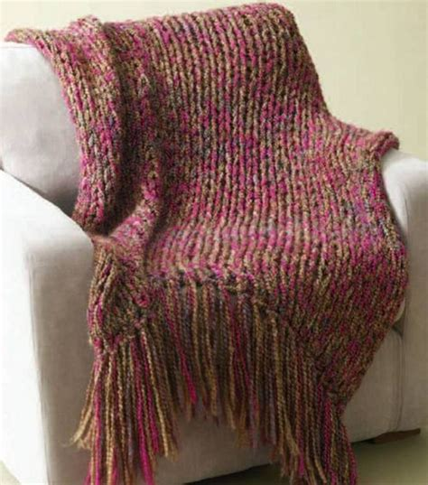 homespun yarn scarf pattern knit brand homespun 6 hour throw 34x54 in not including