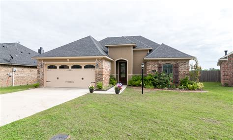 sherwin williams paint store airline drive bossier city la another beautiful home for sale in everyone s favorite