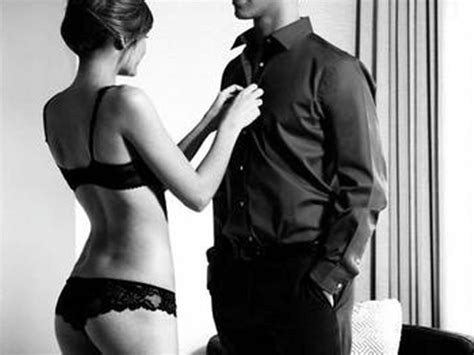 how to dominate a in bed couples with one dominant partner are happier and produce