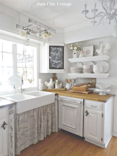 country chic kitchen ideas best 25 small cottage kitchen ideas on cozy