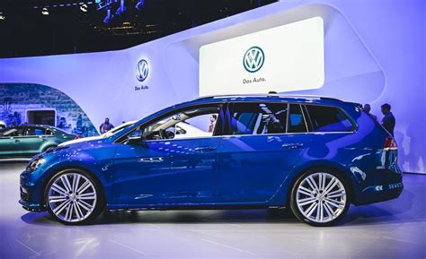 2017 vw golf sportwagen 4motion awd without suv