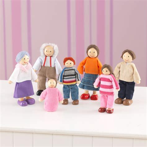 kid craft dolls kidkraft doll family of 7 caucasian 7 dolls