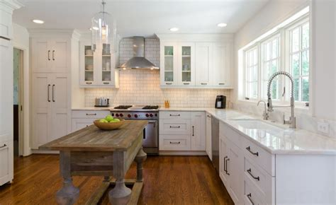 pictures of kitchen with white cabinets minimalist trends white kitchen cabinets for a chic and