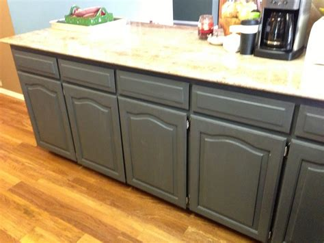 diy chalk paint for cabinets wilker do s using chalk paint to refinish kitchen cabinets