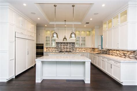 beautiful kitchens with white cabinets 37 luxurious kitchens with white cabinets designing idea