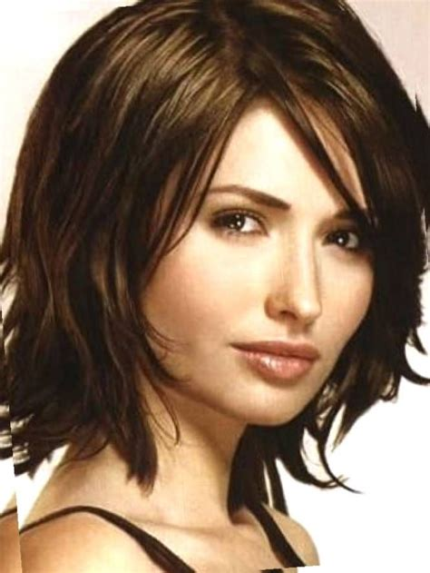 haircuts for faces with pointed chin short hairstyles for round faces double chin short