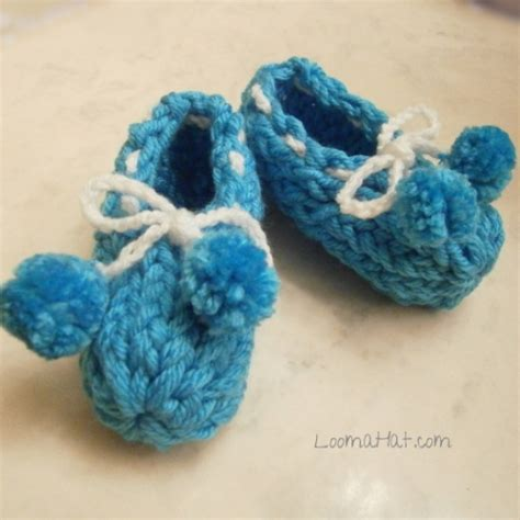 loom knit baby booties loom knit booties 500x500 loomahat