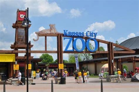 Garden City Zoo Hearne Funkhouser Fingers Zoo For Past Illicit Stash