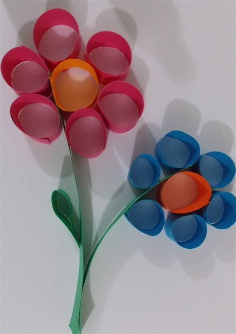paper craft of flowers flower paper craft easycraftsforchildren