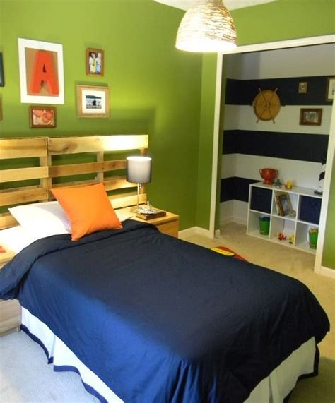best paint color for boy bedroom 17 best ideas about green boys bedrooms on